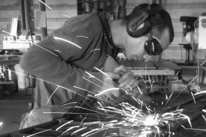 tommaso working sparks for post